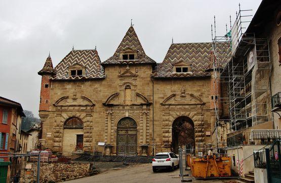 Porte d'entrée de l'abbaye
