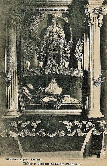 Chapelle et châsse de Sainte Philomène dans l'église d'Ars