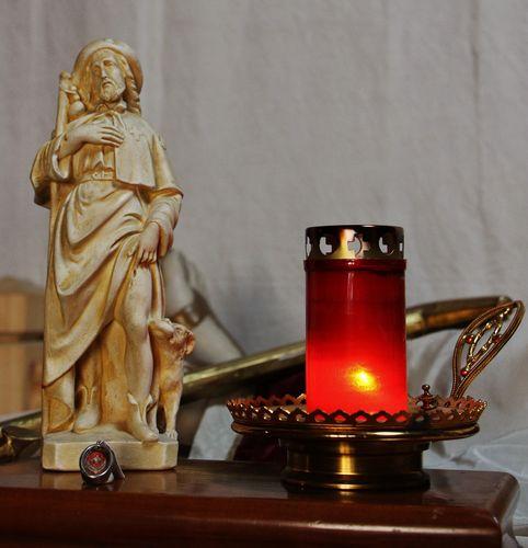 statue et relique de Saint Roch dans l'oratoire du Mesnil-Marie