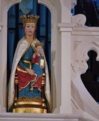 Statue de Notre-Dame de Ceignac