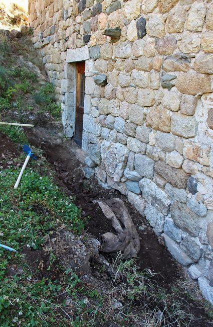 Camp-chantier Saint Constantin - préparation du drain
