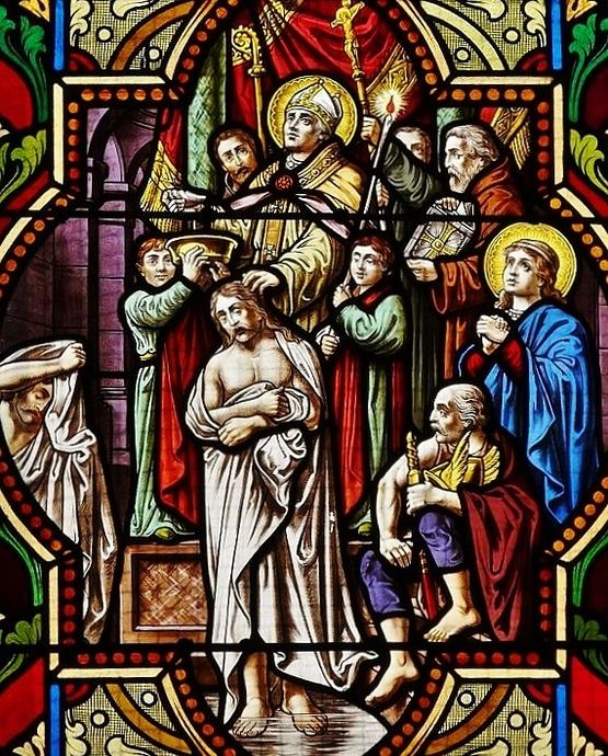 St Remi baptisant Clovis - vitrail église Maisons-Alfort