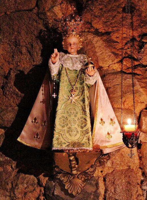 Enfant Jésus relique - oratoire du Mesnil-Marie