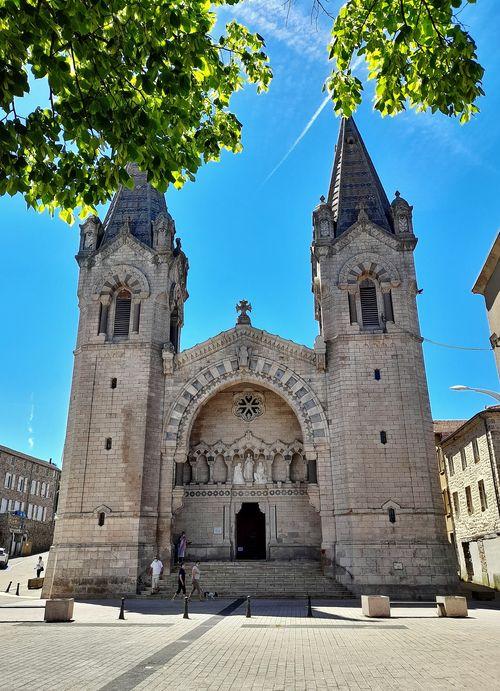 Basilique de La Louvesc - façade principale