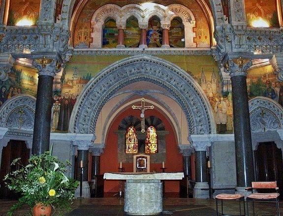 Basilique de La Louvesc - sanctuaire état actuel